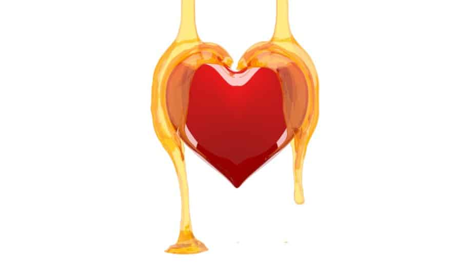 corazón rojo y miel