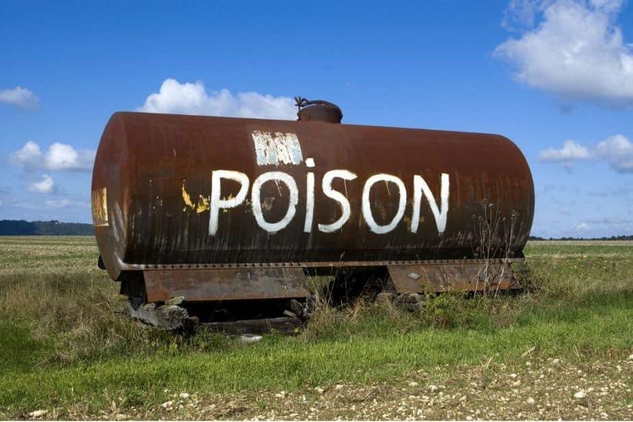 Estanque de fumigación química agrícola